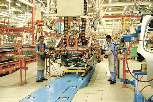 Setor industrial tem resultado surpreendente e tem avanço de 2,5%