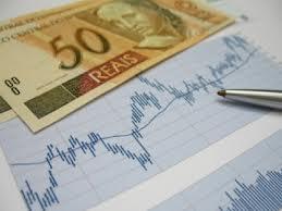 Mercado mantém em 5,71% estimativa de inflação oficial em 2013,