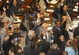 Câmara aprova MP dos Portos e texto segue para o Senado