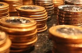 Mercado eleva projeção do IPCA para 5,85% e mantém Selic em 10,0%