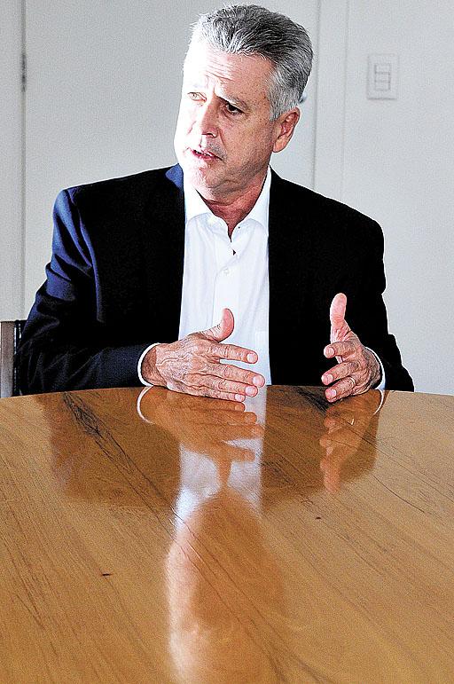 Rollemberg: Transparência, eficiência e participação popular no DF