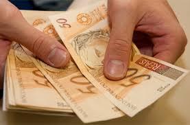 MP irá corrigir a tabela de Imposto de Renda em 2015, promete governo