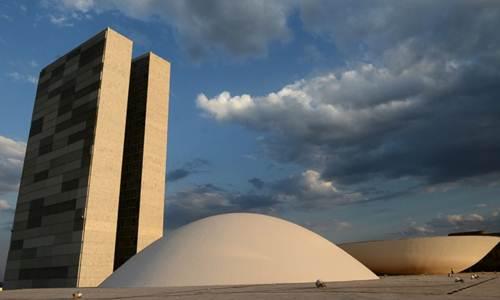 Câmara e Senado: deficit de servidores aumenta expectativa por novos concursos