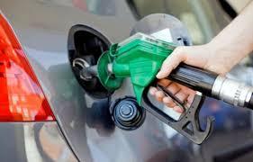 Governo estuda a possibilidade de elevar tributos dos combustíveis