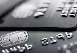 Dívida dos brasileiros no rotativo do cartão de crédito dispara