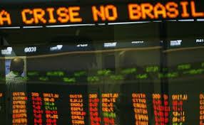 Queda na arrecadação no Brasil deixa Estados mais estrangulados