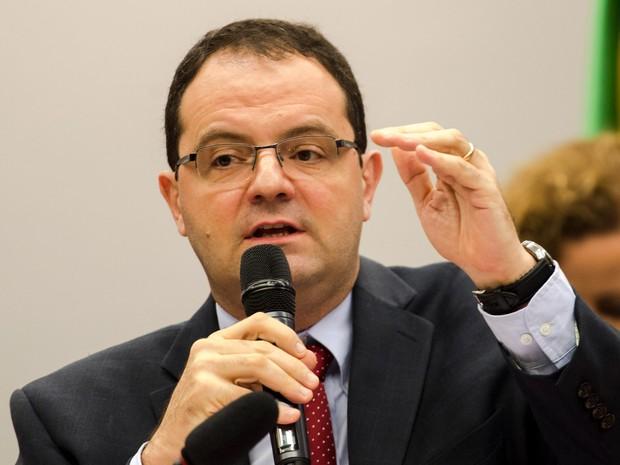 Sem conseguir aprovar medidas propostas, Barbosa deixa a Fazenda