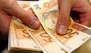 Especialistas dão dicas de como driblar a alta da economia nos mercados