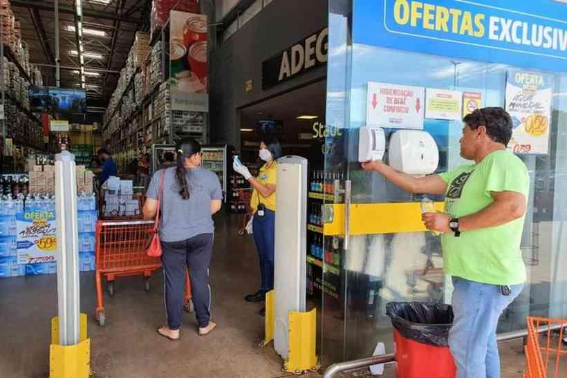 Coronavírus: movimento nos supermercados aumenta em 30%